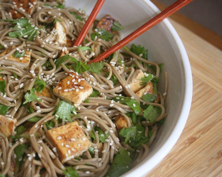 Mizuna-Soba-Noodles-with-Tofu