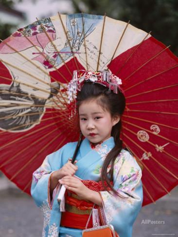 girl-dressed-in-kimono-shichi-go-san-festival-festival-for-three-five-seven-year-old-children