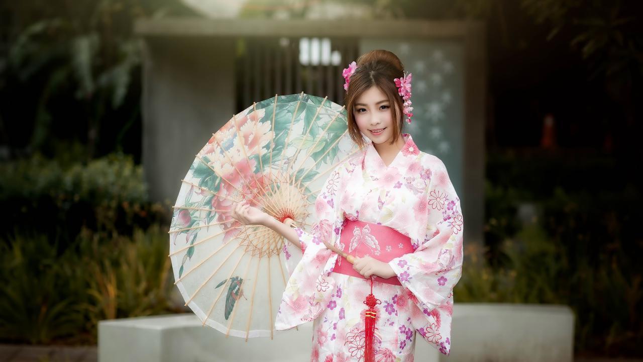 نگاهی اجمالی به انواع کیمونو ی بانوان