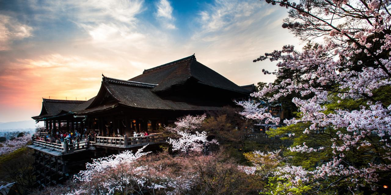 o-JAPAN-TEMPLE-CHERRY-facebook