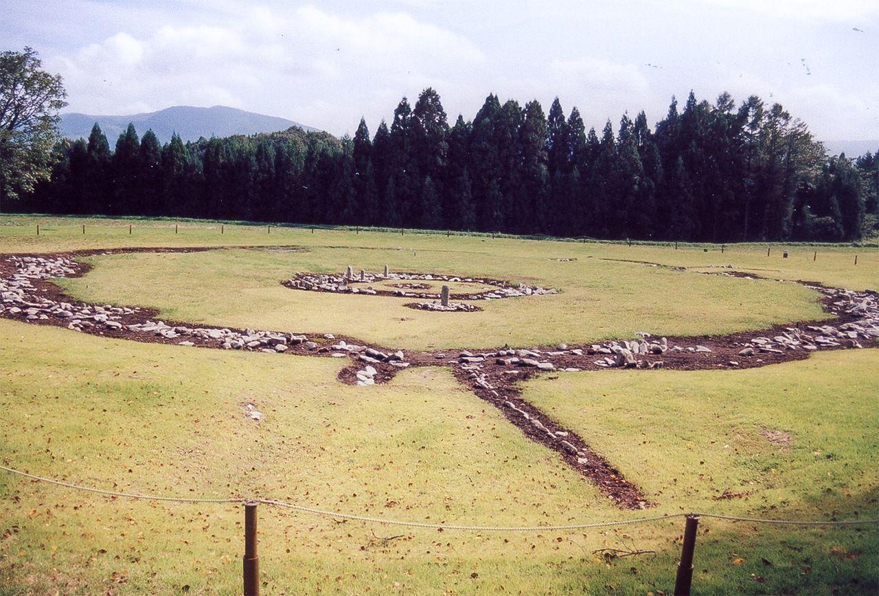 محافل سنگی uyu در کازونو